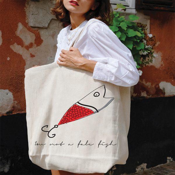 beach_bag-fake-fish